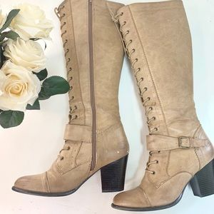 🍁 Brown platform boots